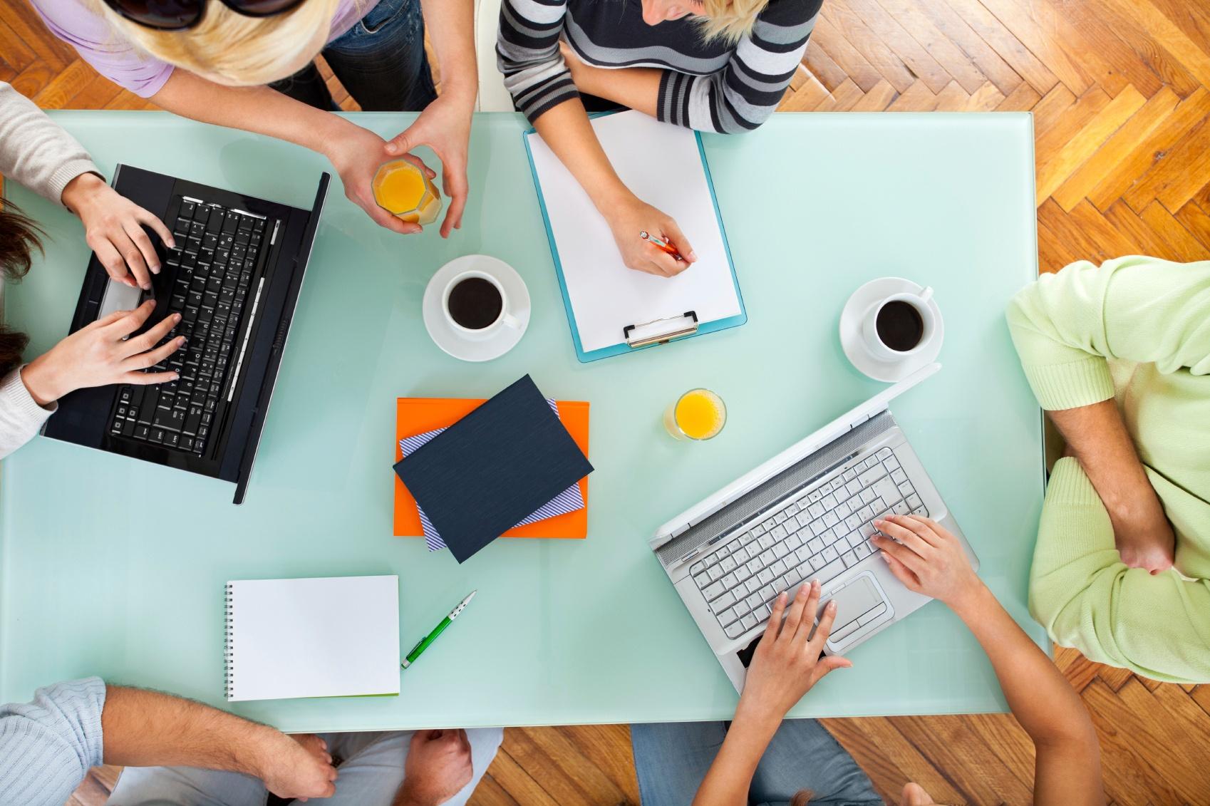 Teamwork_-_Group_Of_People_On_Casual_Meeting.jpg